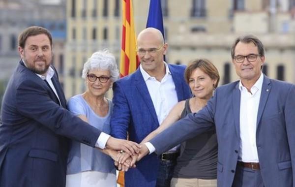 En Catalunya, Mas es menos