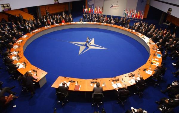OTAN, terror y urnas